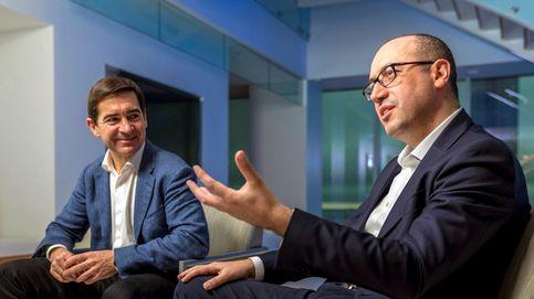 Genç presenta credenciales en el Banco de España antes de los cambios en BBVA