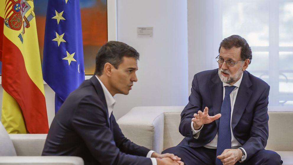 Rajoy reúne a Sánchez y Rivera y respalda la acción de jueces y policías
