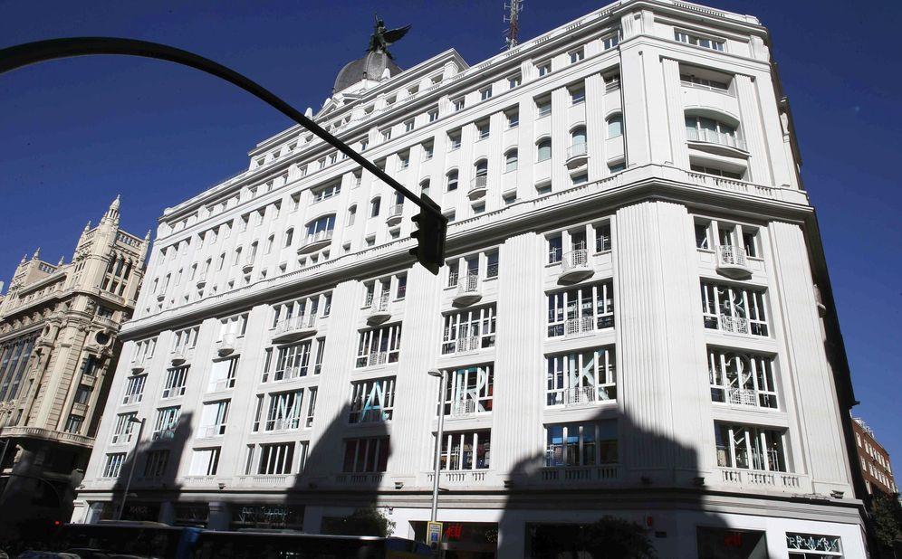 Foto: El edificio Gran Vía 32 alberga la nueva macrotienda de Primark en Madrid. (EFE)