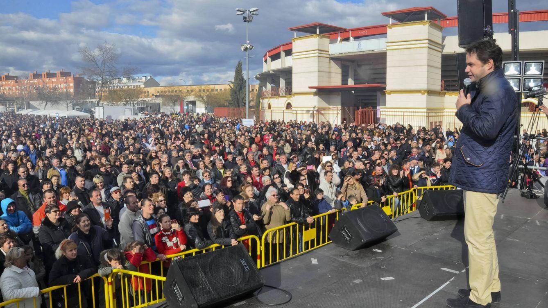 El 'Aló presidente' de un alcalde del PP: un juez investiga la revista pública de Torrejón