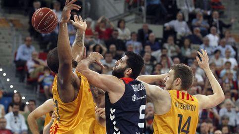 Bourousis se agiganta para forzar en la prórroga el cuarto partido al Barça
