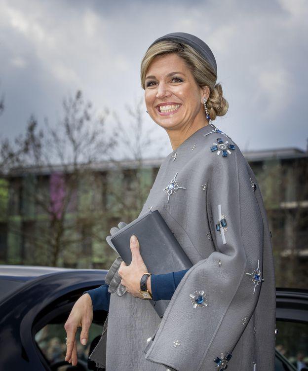 Foto: La reina Máxima de Holanda en su visita a Alemania con el abrigo de la polémica (Gtres)
