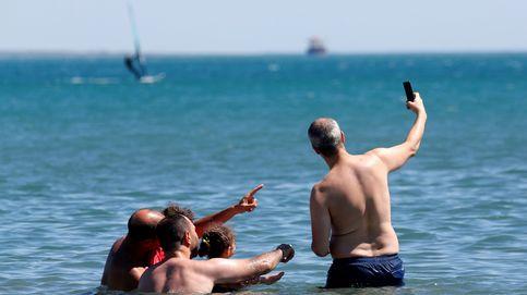 Al agua con el móvil
