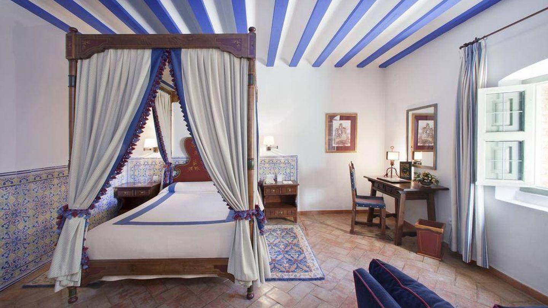 Una habitación del Parador de Turismo, un antiguo convento del siglo XVI.