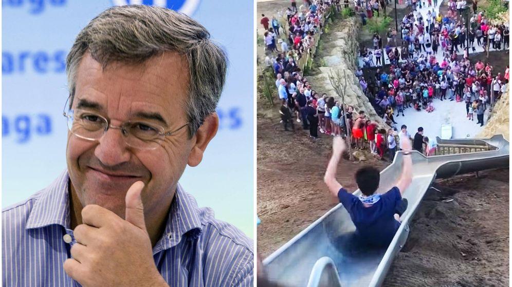 Foto: El alcalde de Estepona y el tobogán de la discordia. (EFE/YouTube)