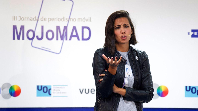 La periodista Ana Pastor, en la III Jornada de Periodismo Móvil MoJoMAD. (EFE)