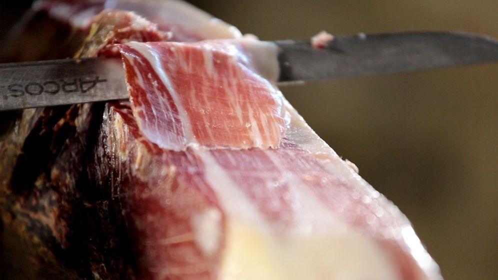 Foto: El jamón 100% ibérico tan solo representa el 12% de los 2,5 millones de cerdos sacrificados en 2017.