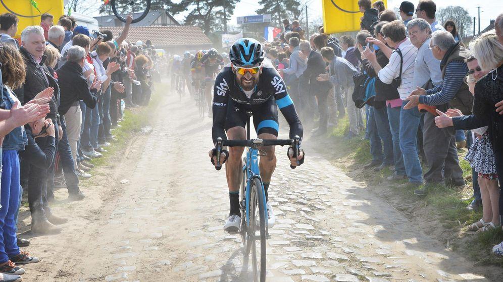 Foto: Wiggins, en la París-Roubaix de 2015. (EFE)
