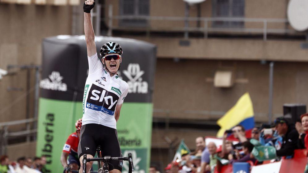 Foto: Chris Froome celebra una victoria durante la pasada Vuelta a España. (EFE)