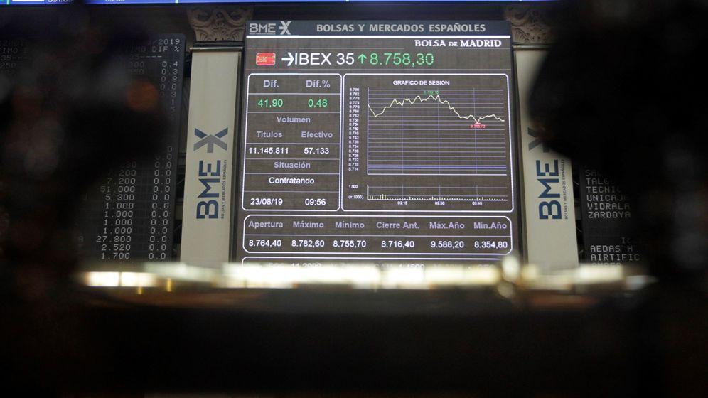 Foto: Panel informativo en la Bolsa de Madrid. (EFE)
