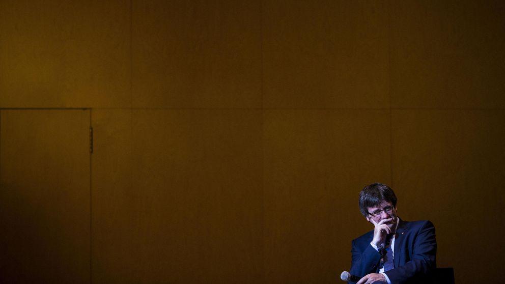 Puigdemont dio cuatro contratos a dedo a la consultora investigada cuando era alcalde