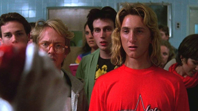 Sean Penn en 'Aquel excitante curso'. (Universal Pictures)