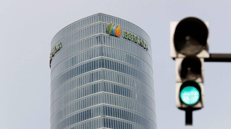 Iberdrola suscribirá el 81,5% de la ampliación de Avangrid y da entrada a Qatar