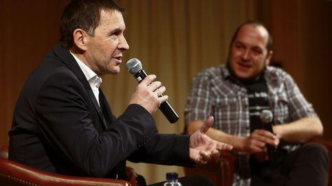 Víctimas y partidos critican a TVE por conceder una entrevista a Otegi