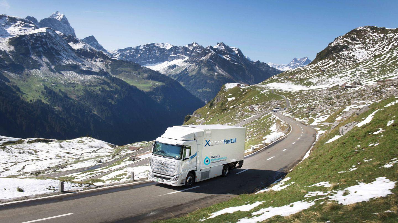 Desde hace un año, Hyundai prueba en Suiza sus camiones de hidrógeno XCient. Ahora operan 46 unidades, pero en 2025 podrían ser ya 1.600.