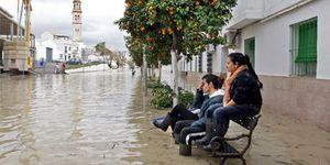 El temporal que azota el suroeste de la Península causa dos muertos