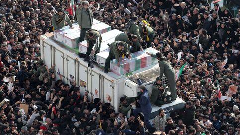 Cientos de miles de iraníes participan en la marcha por el funeral de Soleimani en Irán