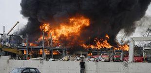 Post de Estalla un gran incendio en el puerto de Beirut, un mes después de la explosión