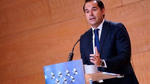 Aguado critica que solo Canarias haga PCR a los turistas y pide una estrategia conjunta