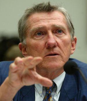 """Lehman, el asesor de Romney que pide más barcos para """"frenar a los soviéticos"""""""