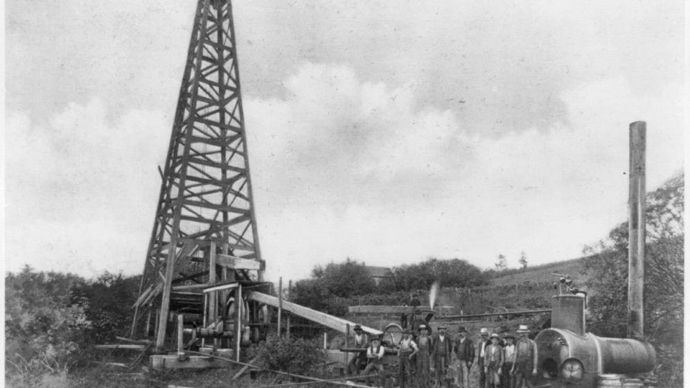 Foto: Uno de los primeros pozos de Titusville, en Pensilvania. (Librería del Congreso de EEUU)