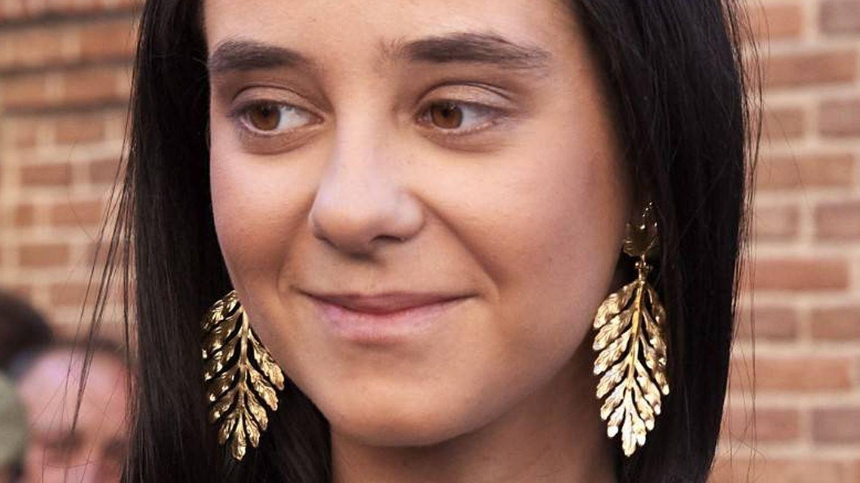 El modelo 'Leticia' que luce Victoria Federica, fan de los maxipendientes (Getty)