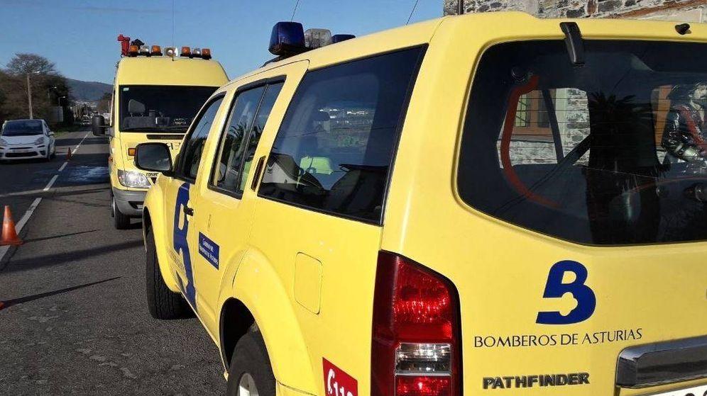 Foto: Accidente en Gijón entre un autobús urbano y un turismo (112 Asturias)