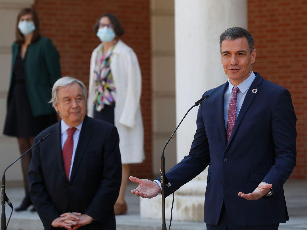Foto: Pedro Sánchez y Antonio Guterres, este viernes en La Moncloa. (Reuters)