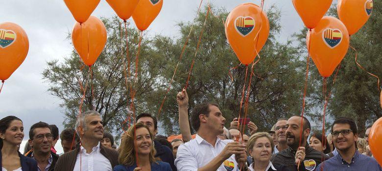 Foto: Albert Rivera en un acto de Ciutadans en Barcelona (EFE)