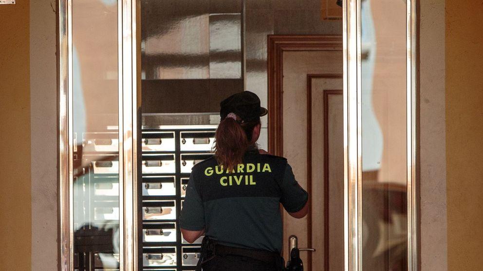 La mujer hallada muerta en su vivienda en Alboraya pudo ser estrangulada