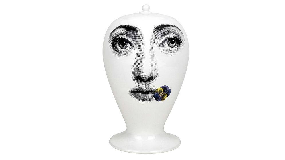 Foto: Jarrón de cerámica 'Viola', uno de los modelos más conocidos del artista.