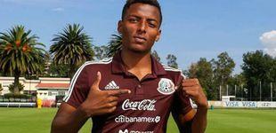 Post de Maleck, el chico tímido que pasó de puntillas por el Sevilla y que se ha llevado dos vidas