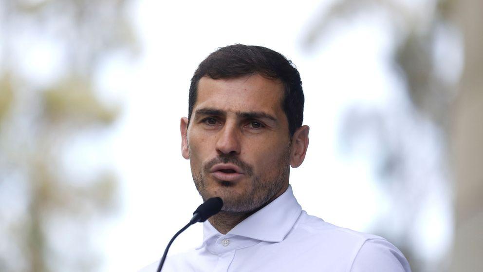 Iker Casillas acerca posturas con sus padres tras el bache de salud familiar