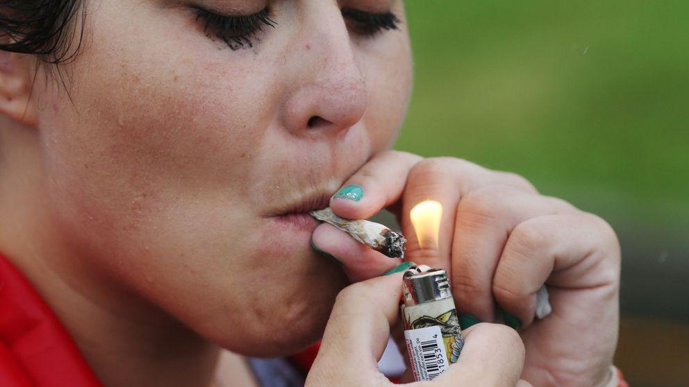 Las mujeres disfrutan más del cannabis que los hombres debido a los estrógenos