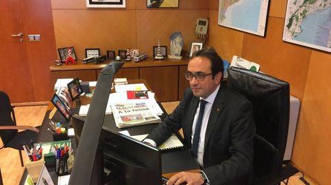 El 'exconseller' Josep Rull desafía al 155 y acude a su despacho: Seguimos