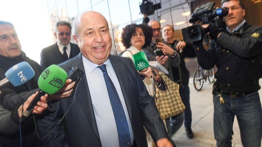 Foto: José Torres Hurtado, a su llegada la Audiencia de Granada el pasado mes de febrero (EFE).
