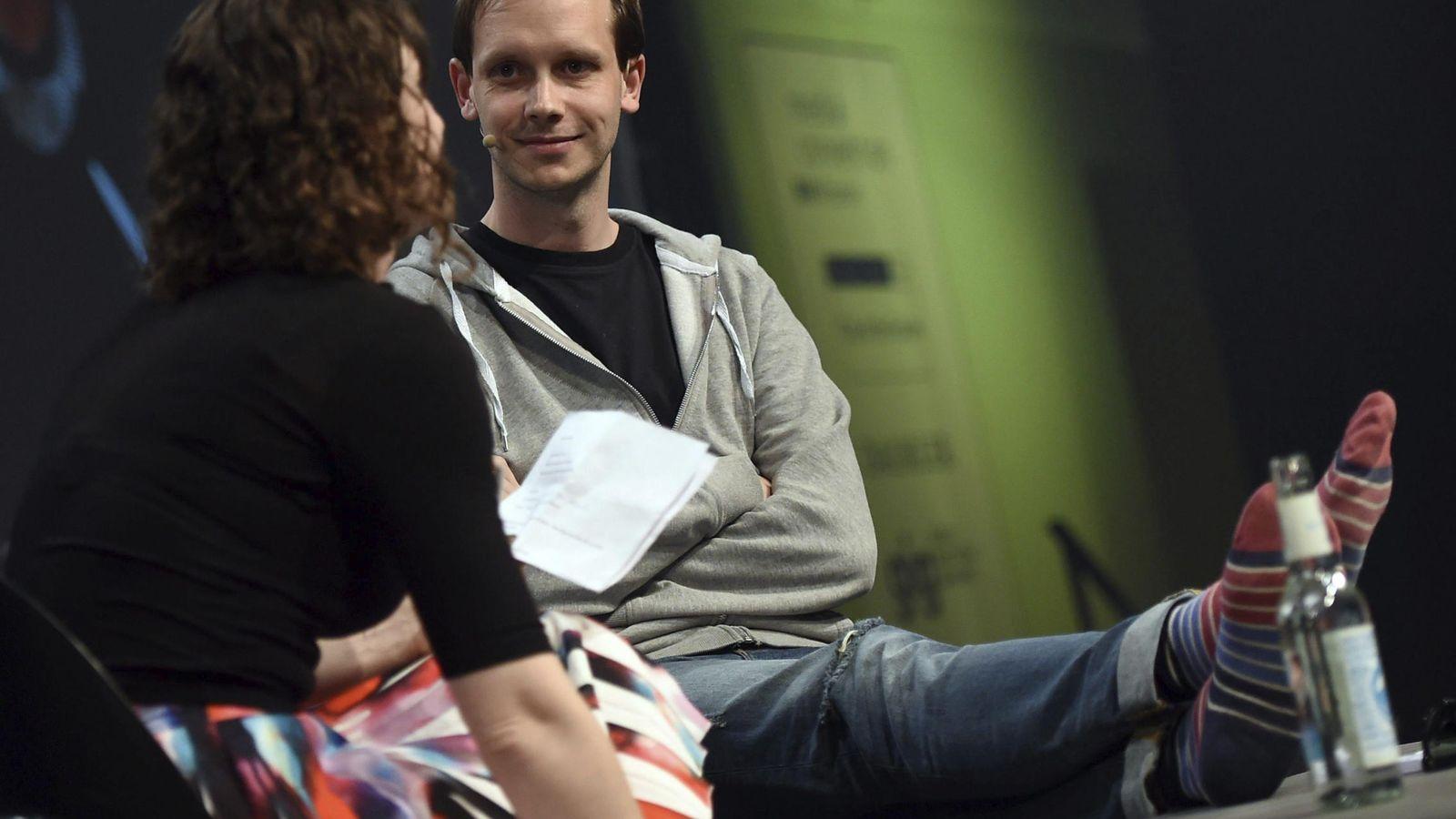 Foto: Sunde, en la conferencia Re:Publica celebrada en Berlín en 2015. (EFE)