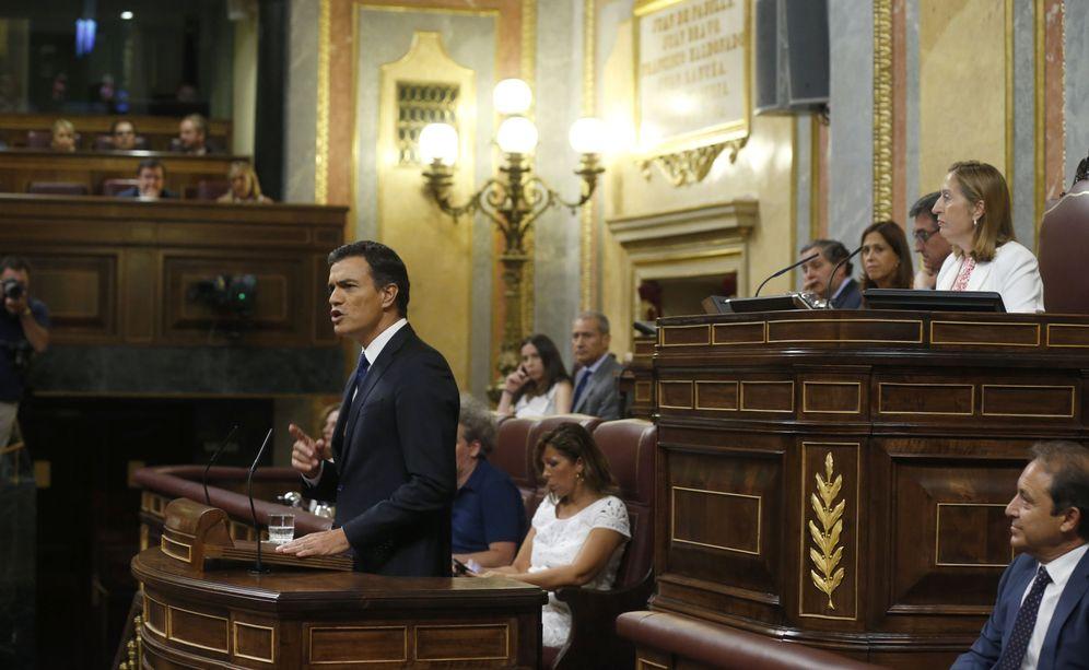 Foto: Pedr Sánchez, durante la intervención previa a la segunda votación de investidura de Mariano Rajoy, este 2 de septiembre en el Congreso. (EFE)