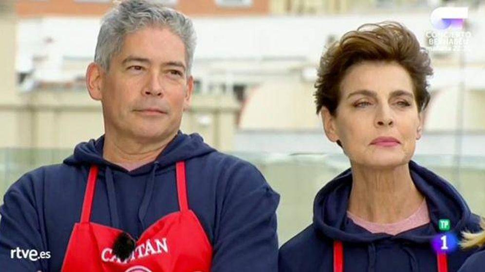 Foto: Boris y Antonia, muy criticados en la primera prueba de 'MasterChef Celebrity'. (TVE)
