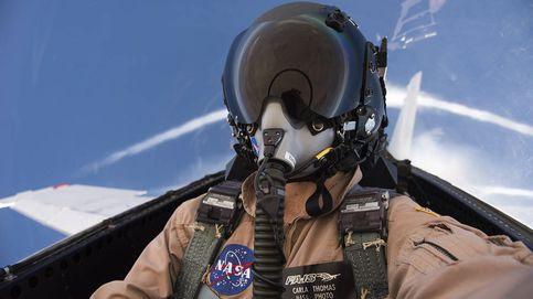 La fotógrafa de la NASA que viaja a la velocidad del sonido