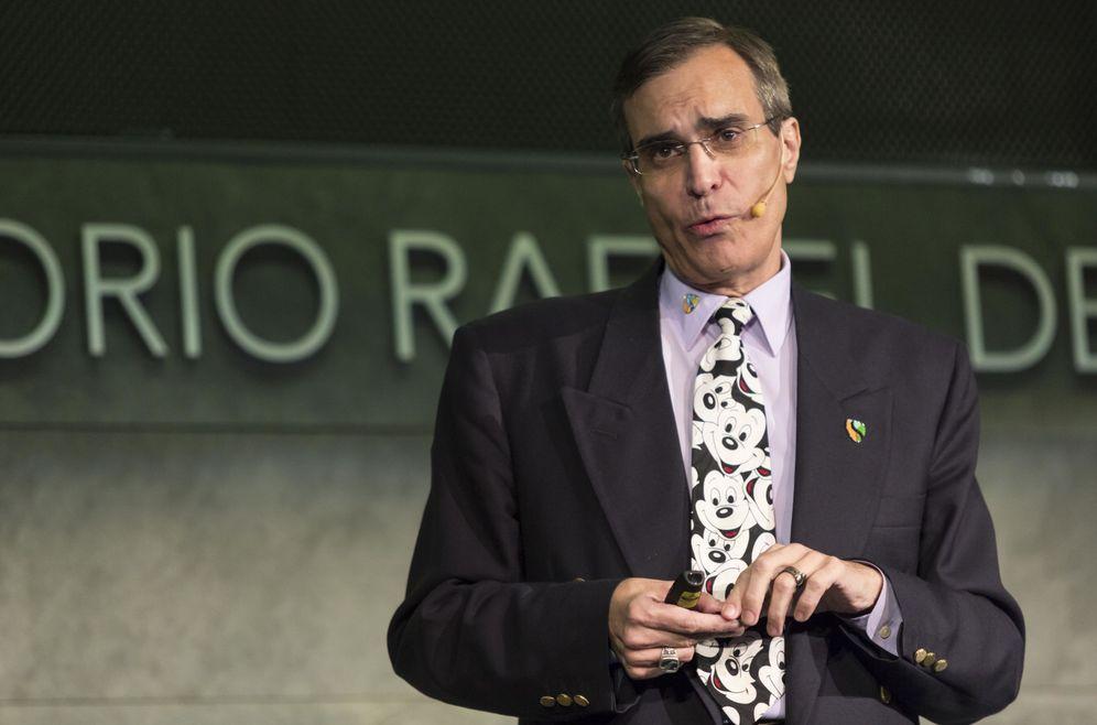 Foto: José Luis Cordeiro, durante la conferencia en la Fundación Rafael del Pino.