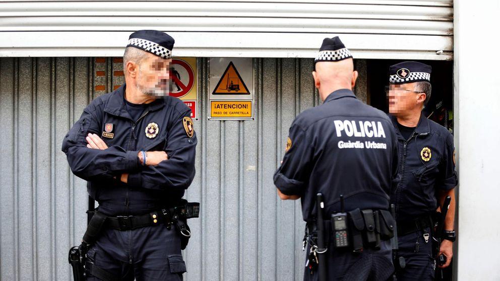 La Guardia Urbana custodia las urnas que guarda Colau para elecciones