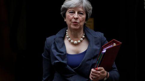 Brexit: May redobla su ofensiva para ganarse a sus socios con una cena en Bruselas