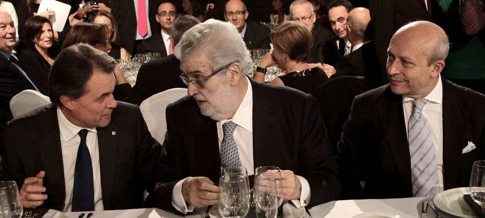 Foto: José Manuel Lara, Artur Mas y José Ignacio Wert, en la entrega del LXI Premio Planeta, en 2012. (Efe)