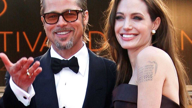 Brad Pitt y Angelina Jolie, durante el Festival de Cannes de 2001. (Reuters)