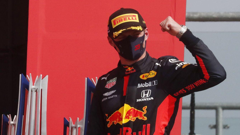 Max Verstappen no quiso pilotar como una abuela y partió por la mitad a Mercedes