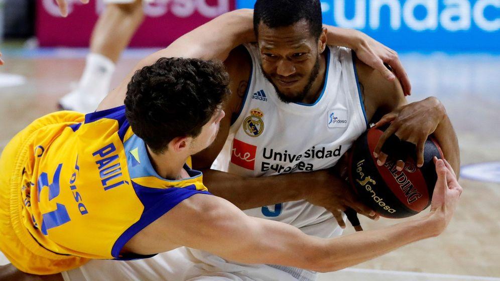 Foto: Anthony Randolph se quedó sin anotar en el primer partido de la final ACB y sin jugar en el segundo. (EFE)