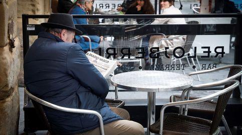 Euskadi negocia libre movilidad por fines socioeconómicos y bares al 50% en la fase 2
