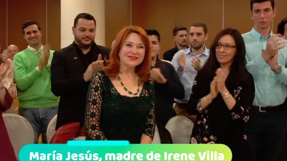 Foto: La madre de Irene Villa, en el acto de Vox en Móstoles.