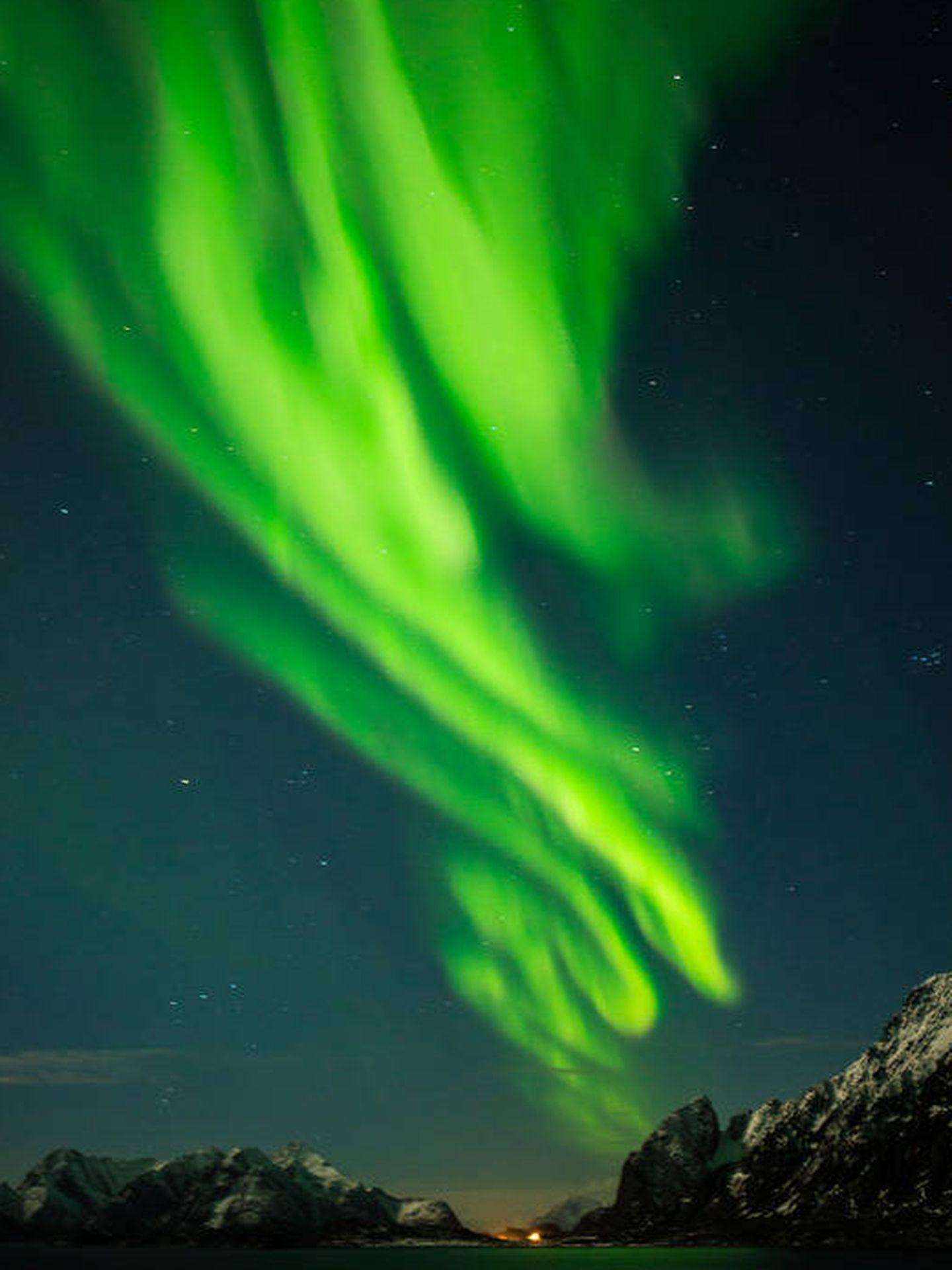 La espectacular aurora boreal sobre el cielo de Noruega.